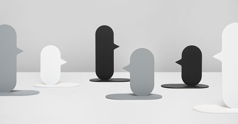Belgian industrial designer Quentin de Coster has designed NOSE, a prototype for a minimalist candle holder, where the candle is held in place on the nose of the abstract profile.