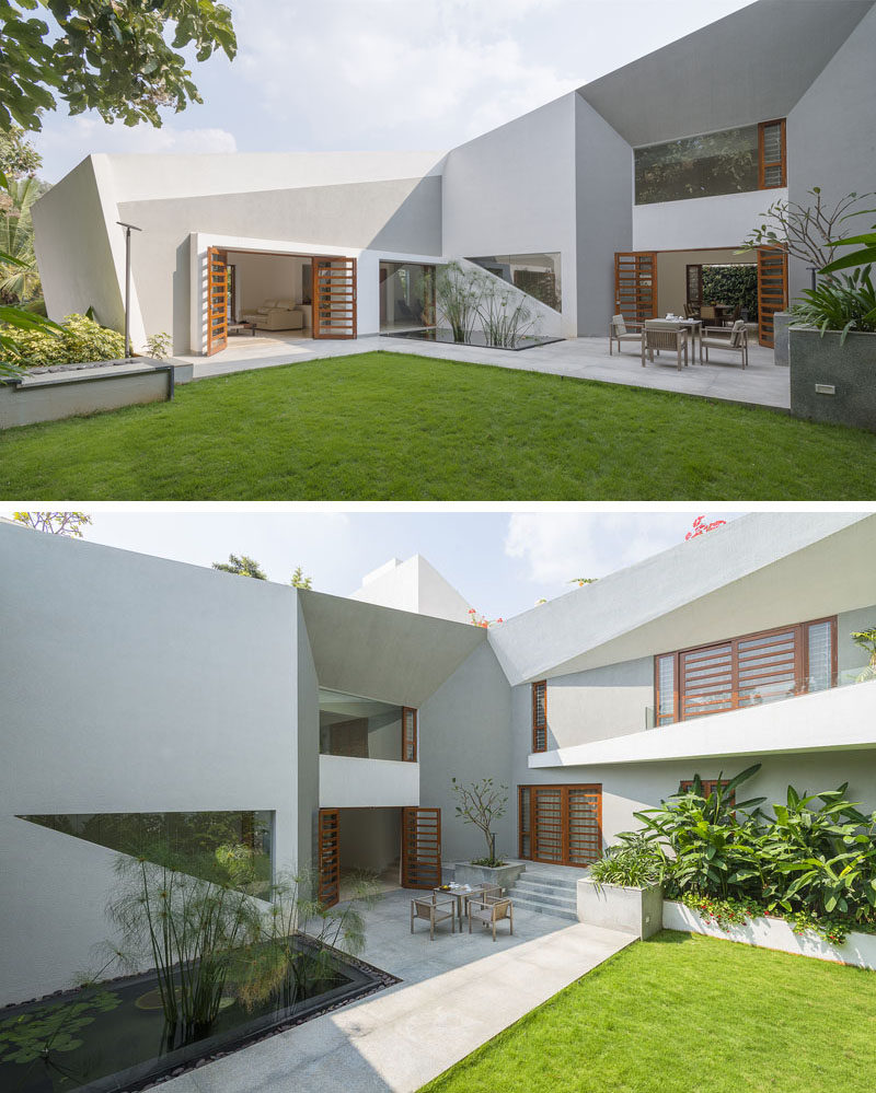The Design Of This Modern House Features A Very Angular Exterior ...
