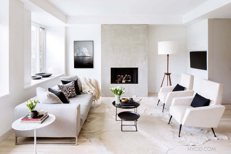 10 Small Living Room Ideas // Use Multiple Small Tables To Create A Modular Coffee Table