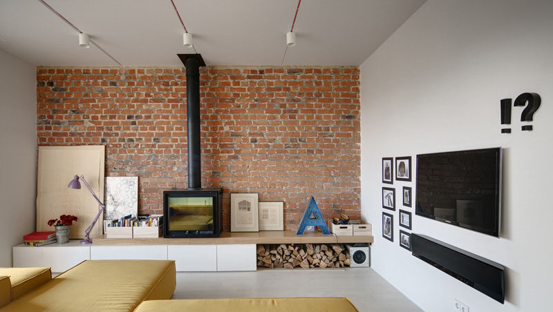 Delightful 8 TV Wall Design Ideas For Your Living Room // The TV And Soundbar Hanging