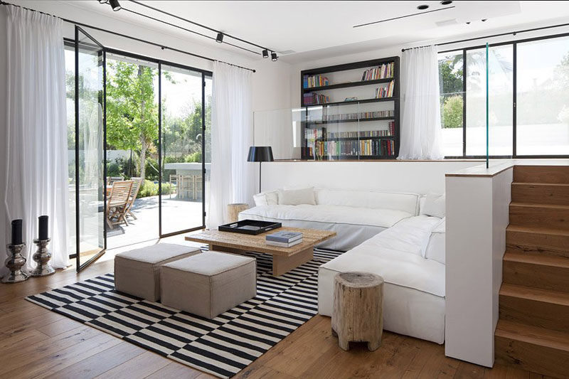 Genial 7 Ways To Create A Warm Living Room // Add A Rug On The Floor