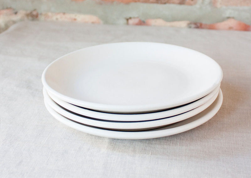 Super simple white ceramic plates are an essential in all stylish kitchens.