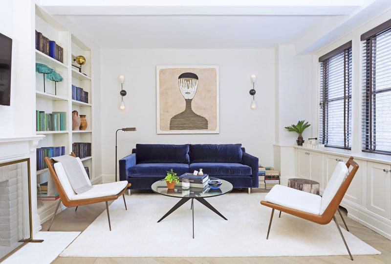 4 Ways To Use Navy Home Decor To Create A Modern Blue Living Room //