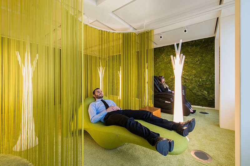 Office Design Inspiration – This Modern Office Has A Lounge Area For Quiet Relaxation
