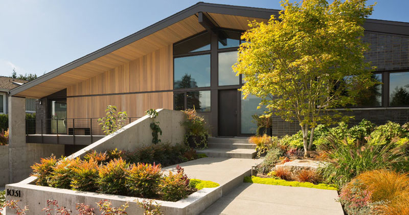 A New Mid-Century Modern Inspired House Arrives In This Seattle Neighborhood