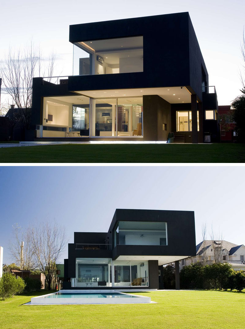 House exterior colors 14 modern black houses from around for Modern exterior house entrance