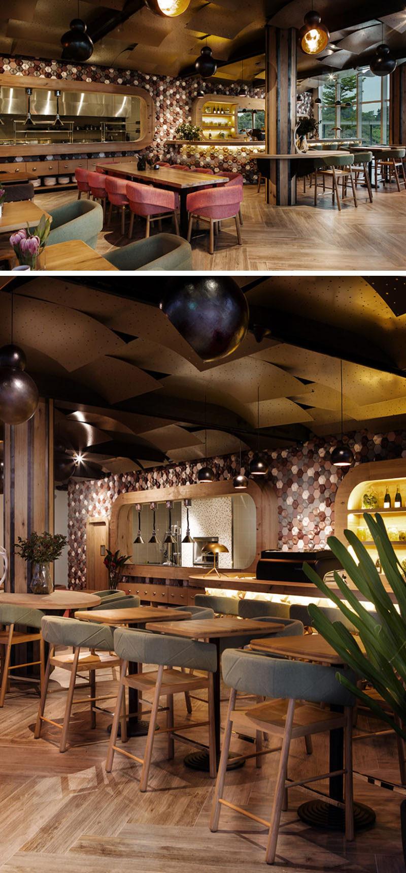 10 cửa hàng cà phê độc đáo ở Châu Á / Emma Maxwell Thiết kế đã thiết kế nội thất độc đáo Cafe Melba tại Mediapolis ở Singapore bằng cách sử dụng gạch ốp lát hình lục giác 3 chiều, thủ công.