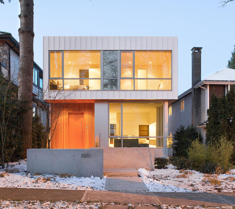 This New Modern House In Vancouver Is Filled With Light From The Large Windows Facing Street