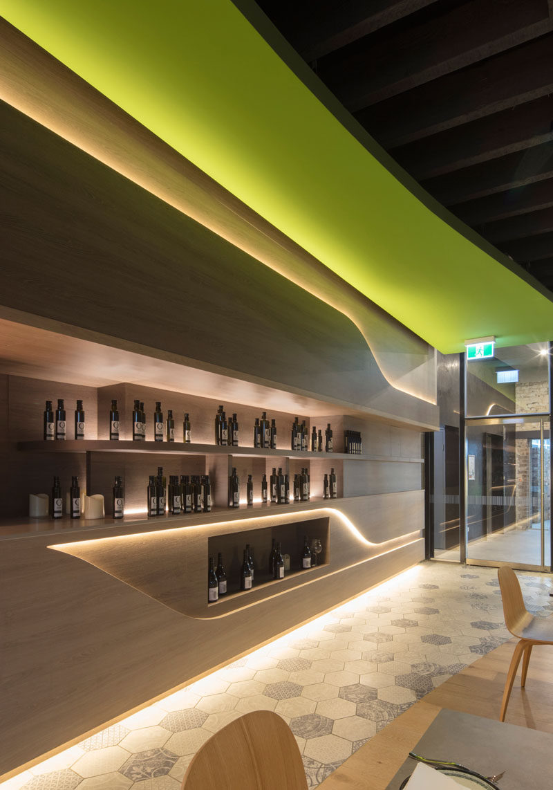 Design firm LAVA have designed Olio a Sicilian restaurant in Sydney that uses recessed : hidden lighting - azcodes.com