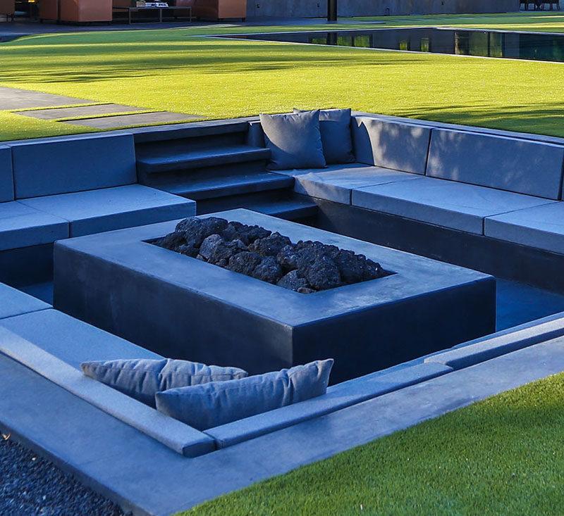 Modern Backyard Design Ideas Create A Sunken Fire Pit For Entertaining Friends
