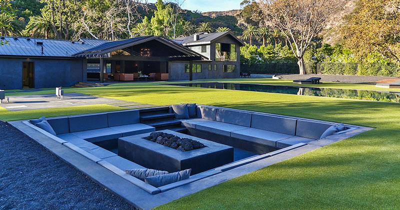 Backyard Design Idea - Create A Sunken Fire Pit For Entertaining Friends