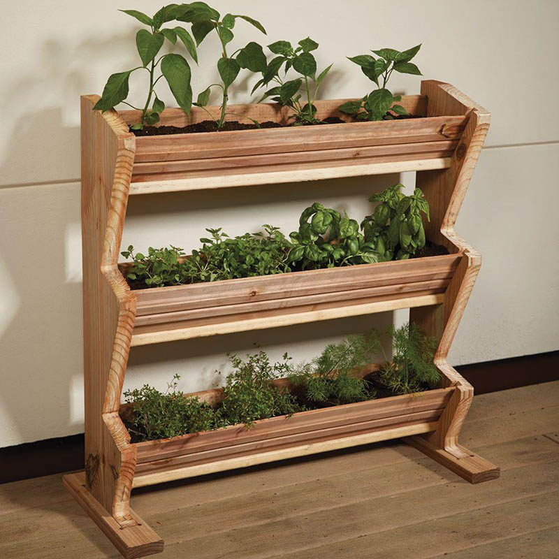 5 vertical vegetable garden ideas for beginners contemporist for Balcony vertical garden