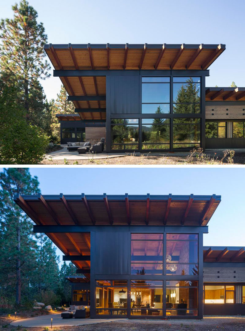 This modern cabin has a sloped roof, a design detail that was included to allow for the use of solar panels that provide all of the energy that the cabin needs.