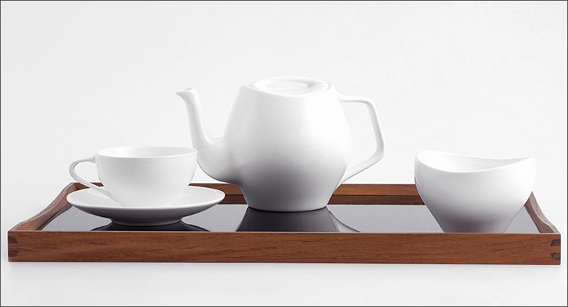The simple, white, smooth curves of this modern tea set make it a timeless set that is sure to enjoyed for years to come.