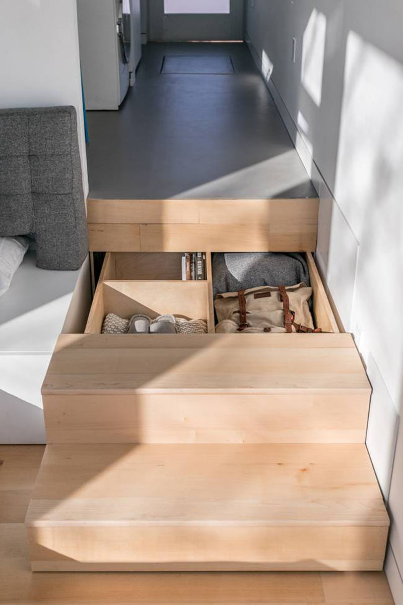 This Tiny House Is Designed For Small Space Living ...