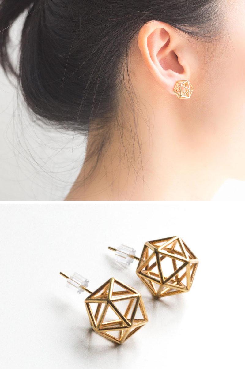 These icosahedron studs are made of 20 perfect triangular faces making each earring symmetrical, geometrically correct, and stylish.