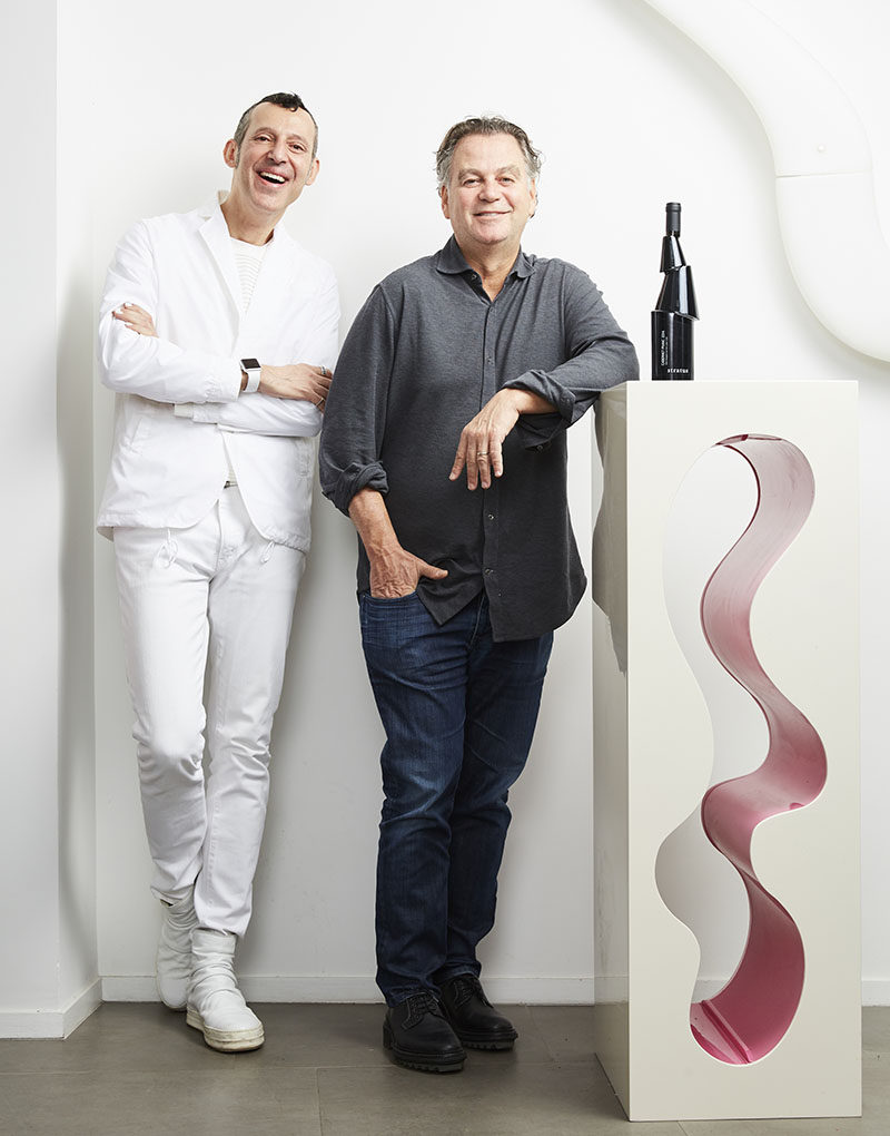 Karim Rashid together with David Feldberg of Stratus Vineyards have designed Decant, a sculptural black wine bottle that was inspired by the geological complexity of the soils from which the wine is grown.