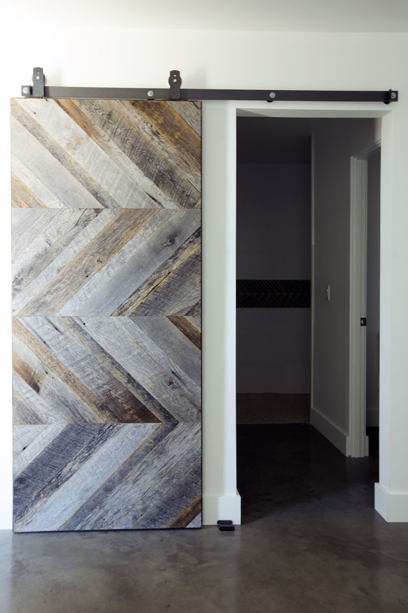 Contemporist 10 examples of barn doors in contemporary for Barn door pictures