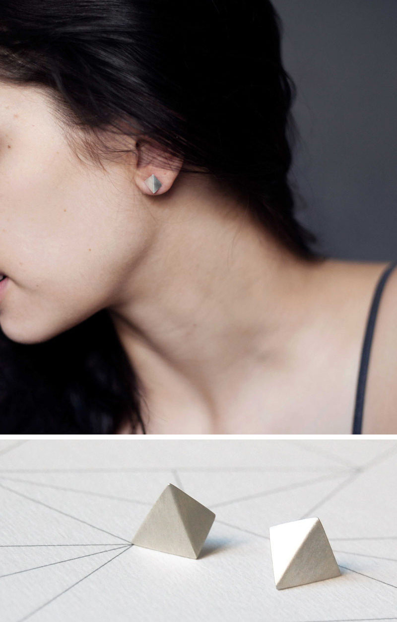 Inspired by the clean lines of the pyramid shape, these simple earrings add a geometric touch to any outfit while maintaining a minimalist look. #ModernJewelry #Fashion #Style