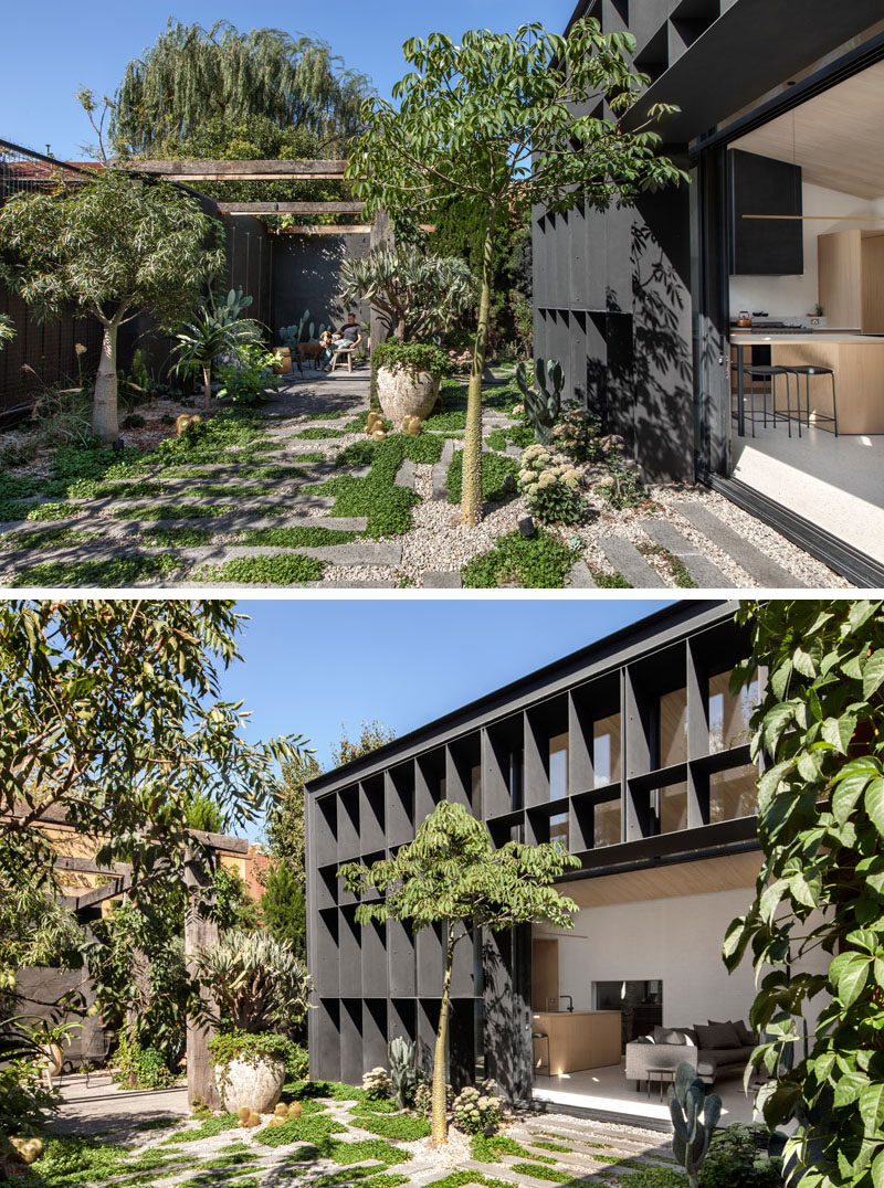 Australian firm Clare Cousins Architects, were asked to design an extension / garden pavilion to the rear of an Edwardian cottage, that would maximize the exposure of a small, sculptural garden with a pergola.