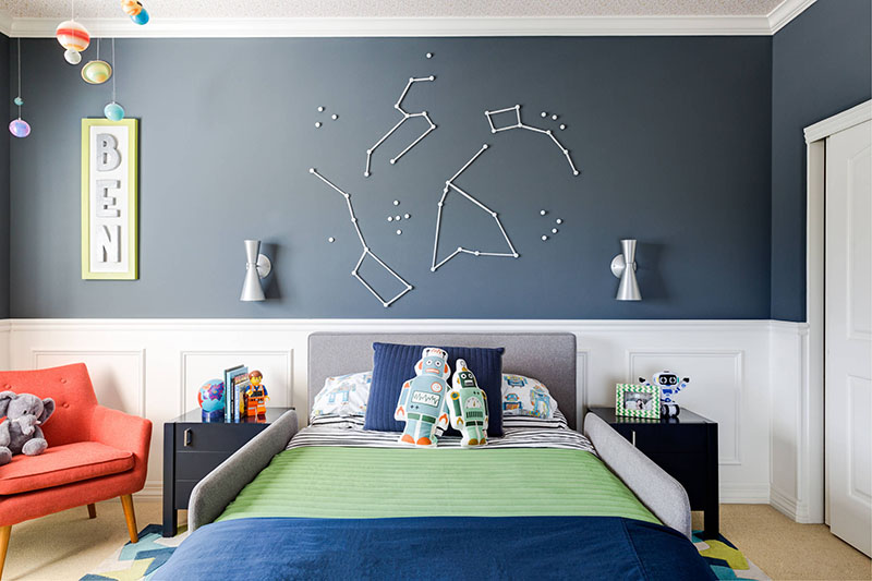 This Fun Boy\'s Bedroom Has A Decorative Space Theme | CONTEMPORIST