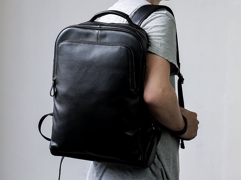 The Zakkr Leather Backpack is a multipurpose day bag that's made with 100% full grain leather to create a stylish look and feel. #ModernBackpack #Backpack