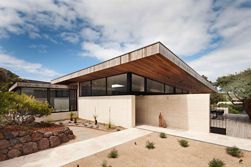 Robson Rak Architects And Interior Designers Have Recently Completed The  Layer House, A Home In