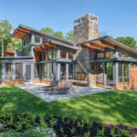 Green Mountain Getaway by Flavin Architects