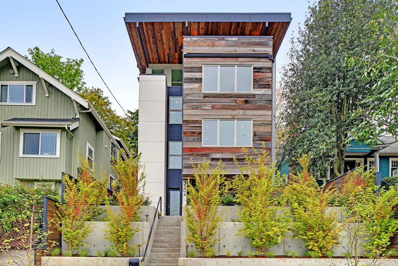This New House Was Built With A Mix Of Reclaimed And Sustainable Materials