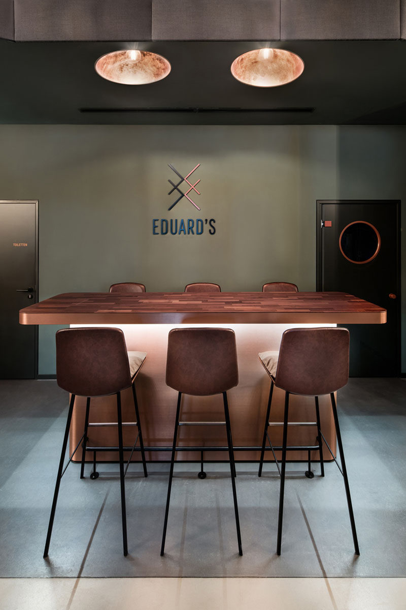 modern-bar-design-interiors-090817-1109-06 | CONTEMPORIST