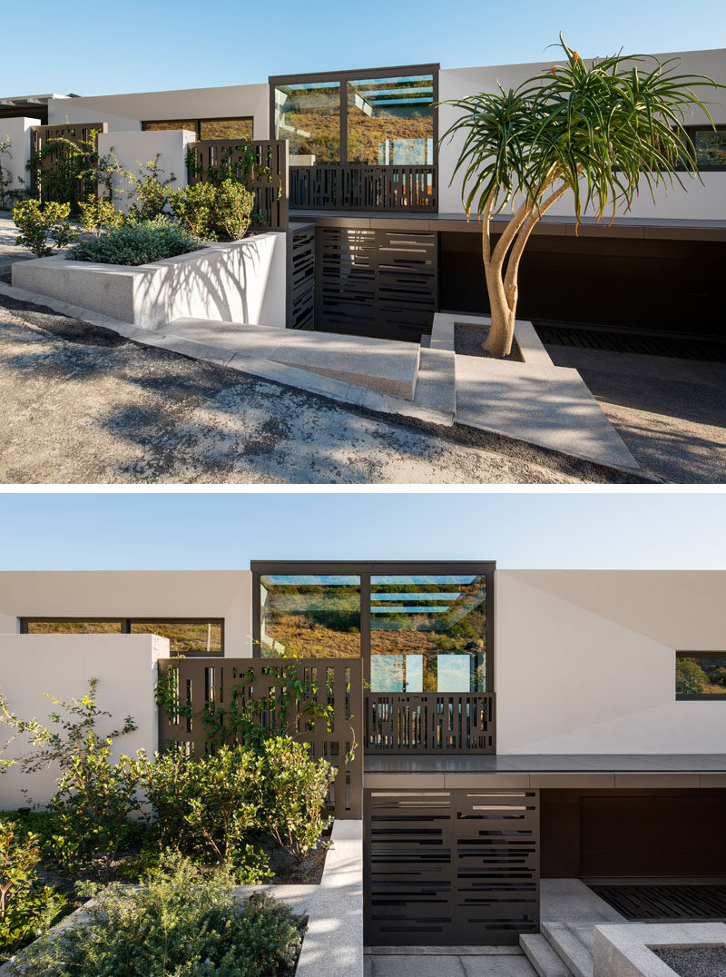 Greg Wright Architects have recently completed a new home in Cape Town, South Africa, that's located at the foot of the mountain and has been designed for entertaining.