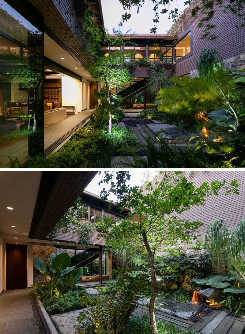 Modern House Garden Courtyard 110817 1259 06 Contemporist