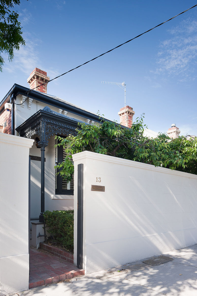 Architecture firm Robson Rak, together with interior design firm Made by Cohen, have designed the renovation of a Victorian cottage in Melbourne, Australia. #Renovation #VictorianCottage #InteriorDesign