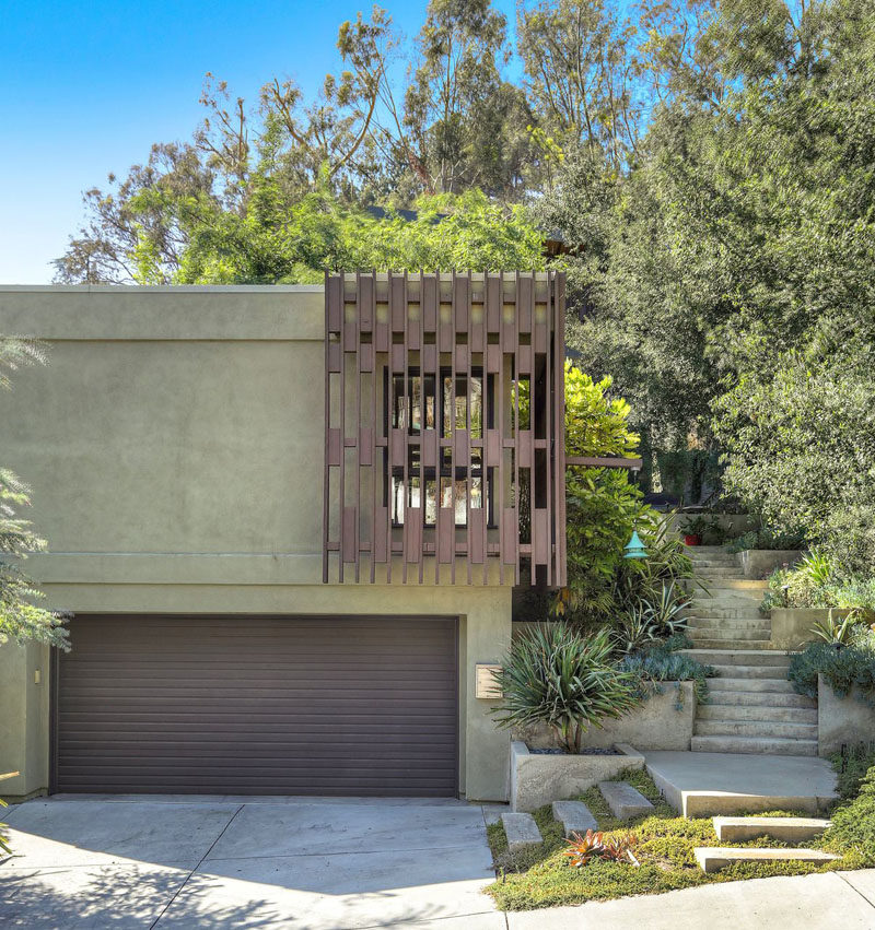 Los Angeles Ca Mid Century Modern Wood Garage Door Gate: This Renovated House In Los Angeles Has Retained Some Mid