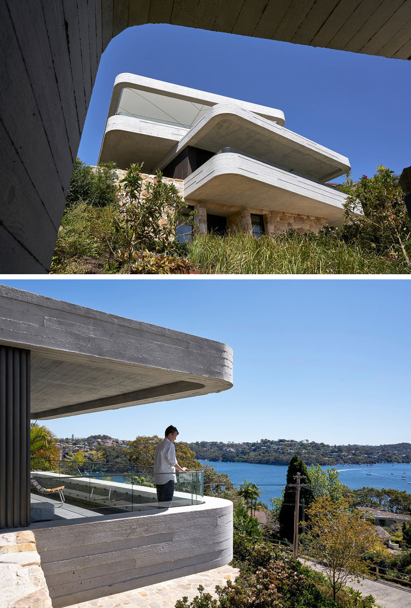 Luigi Rosselli Architects have recently completed a new and modern house in Sydney, Australia, that has a design that was inspired by the piling of books on a table. #Architecture #ModernHouse #Concrete