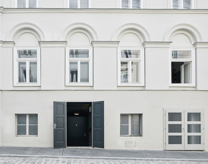 Büro KLK transformed an 18th century cellar in Vienna, Austria, into a contemporary underground cocktail bar. #Bar #UndergroundBar #InteriorDesign