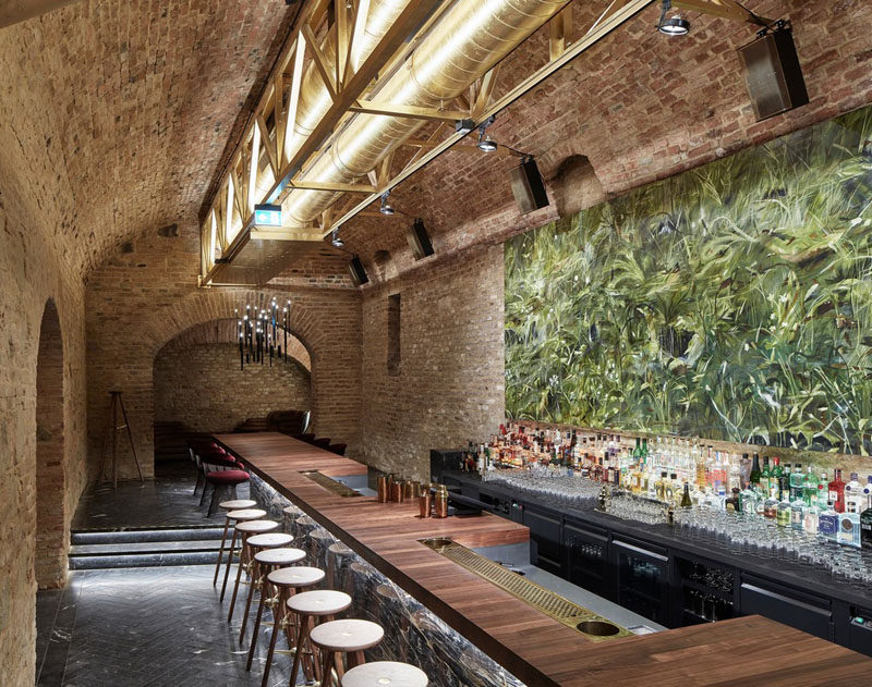 Büro KLK transformed an 18th century cellar in Vienna, Austria, into a contemporary underground cocktail bar. #Bar #UndergroundBar #InteriorDesign