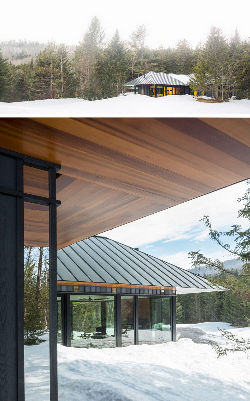 Birdseye Design have completed a new secluded and private guest house in Plymouth, Vermont, that sits at the edge of a forest and overlooks a meadow. #ModernArchitecture #GuestHouse