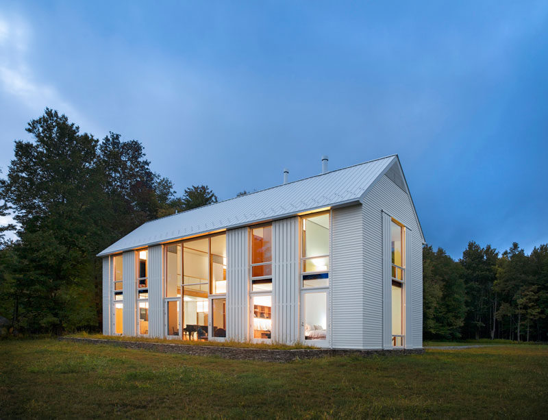 Pennsylvania farmhouse by cutler anderson architects for Modern farmhouse windows