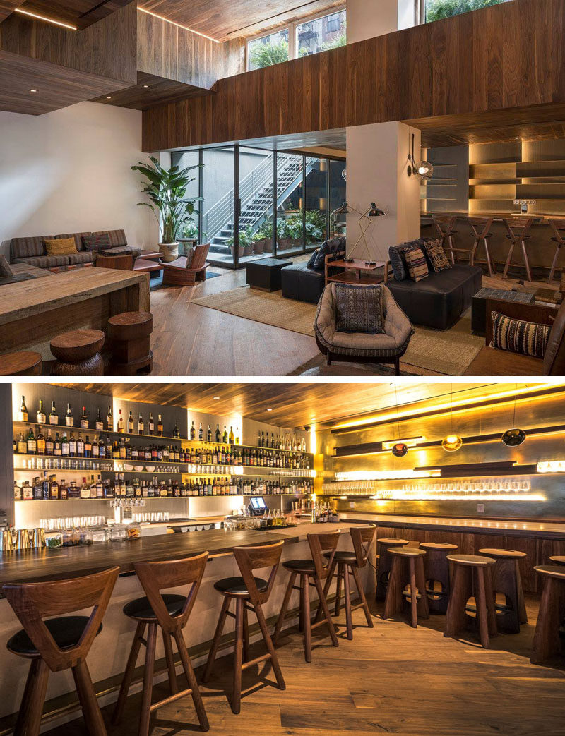 The MADE hotel in NYC has a variety of communal areas, like the lobby and lobby bar. Comfortable couches are combined with wood bar stools and hidden lighting to create cozy and relaxing environment. #ModernHotel #HotelBar