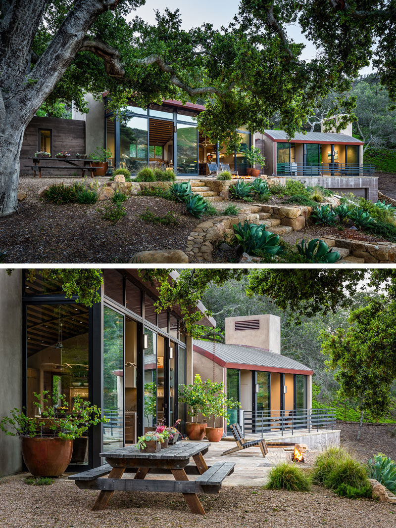 Neumann Mendro Andrulaitis Architects (NMA Architects), have designed a rustic modern house that sits within the pristine California coastal woodland with 100+ year old oak trees. #RusticModern #ModernHouse #CurvedRoof
