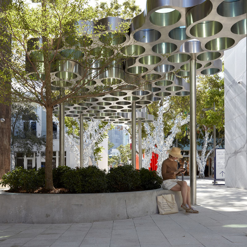 Ronan & Erwan Bouroullec have unveiled 'Nuage, promenade', a modular and modern pergola that runs through the heart of the Miami Design District. #ModernPergola #Design #Installation