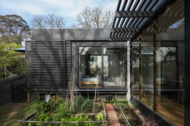 Chiverton Architects have designed a modern extension to a Victorian House in Ivanhoe, Melbourne. #ModernExtension