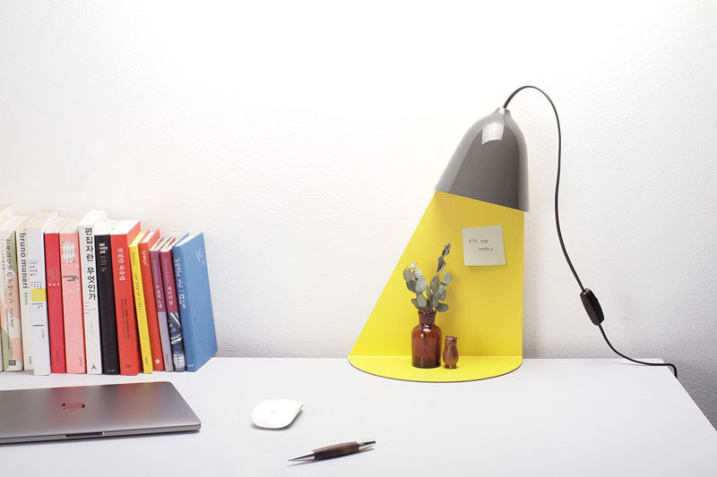Designer Jong-su Kim of Korean based studio ilsangisang, has designed a lamp that has a built-in shelf for displaying decorative items. #Lighting #Decor #TableLamp