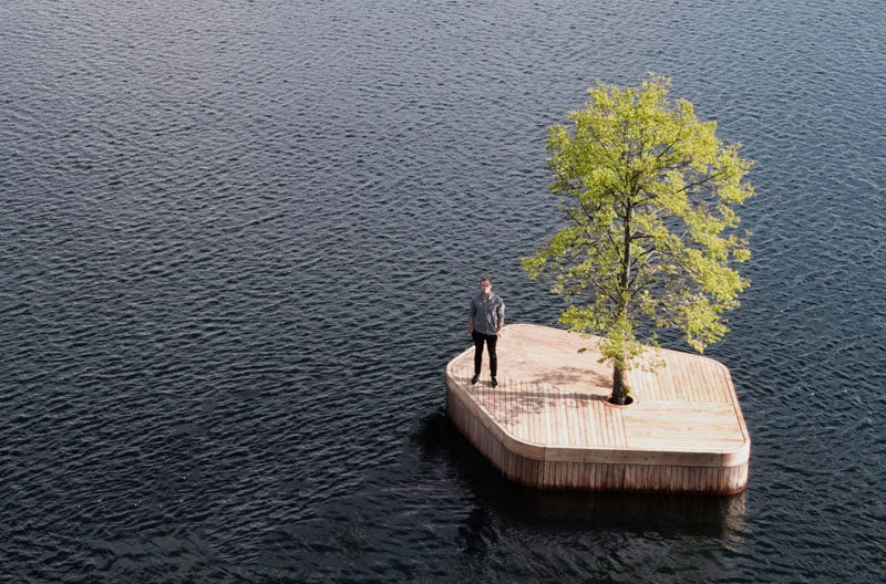 Australian architect Marshall Blecher and Magnus Maarbjerg from design studio Fokstrot, have created CPHØ1, a prototype floating island which will move around Copenhagen harbor. #Design #Island #FloatingPlatform
