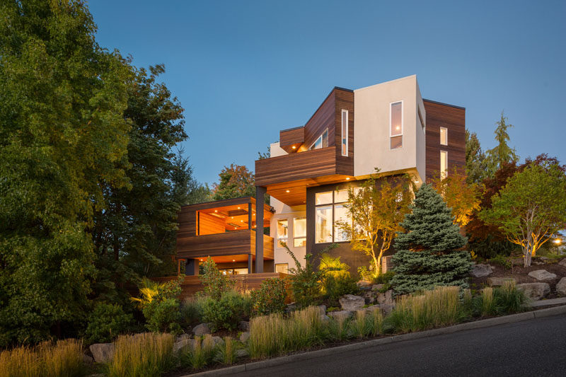 Vanillawood Updated The Exterior And Interior Of This 1990s House In Portland