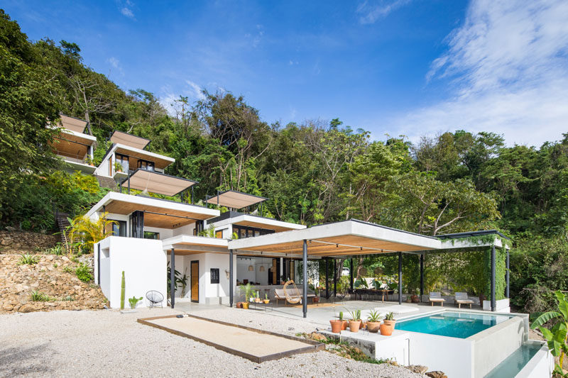 Studio Saxe have recently completed Mint Santa Teresa, a small and modern hotel in Costa Rica, and blendsa European design aesthetic with Costa Rican craftsmanship. #ModernHotel #CostaRica #HotelDesign #Architecture