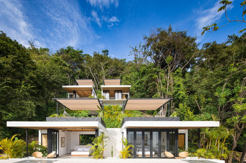 Studio Saxe have recently completed Mint Santa Teresa, a small and modern hotel in Costa Rica, and blends a European design aesthetic with Costa Rican craftsmanship. #ModernHotel #CostaRica #HotelDesign #Architecture
