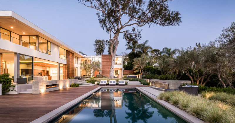 This New Light-Filled Home Embraces Its California Contemporary Aesthetic