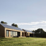 The Two Pavilions House By Tom Robertson Architects